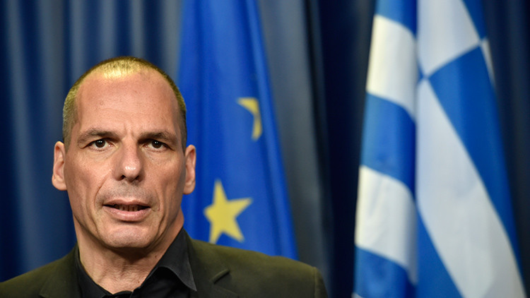 """Varufakis: """"Grecia está dispuesta a aceptar la austeridad si se resuelve el problema de la deuda"""""""