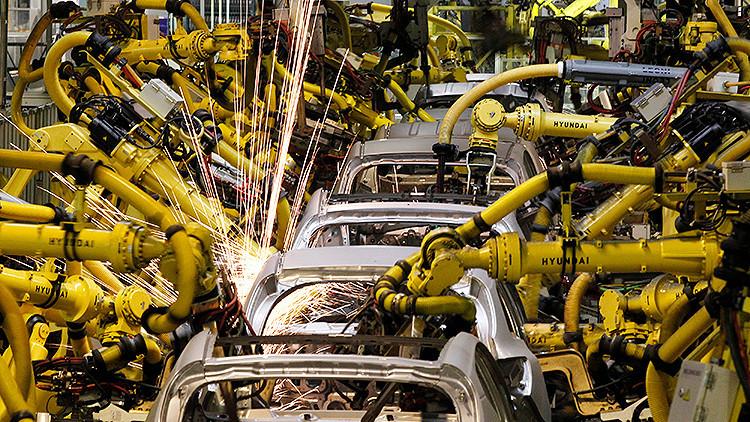 Un robot mata a un empleado en una fábrica de automóviles