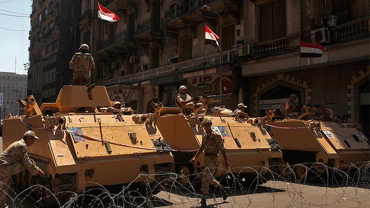 """Primer ministro de Egipto: """"El país está en estado de guerra"""""""