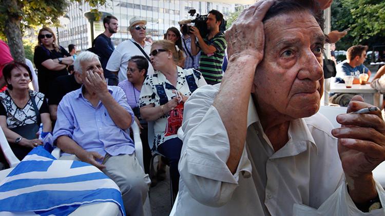 """Asociación bancaria de Grecia: """"La reserva de liquidez se agotará el lunes por la mañana"""""""
