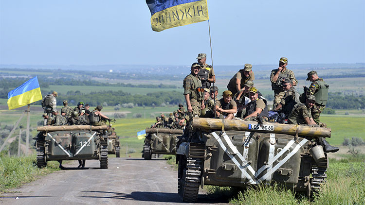 OSCE: Ucrania viola los acuerdos de Minsk al no retirar el armamento pesado