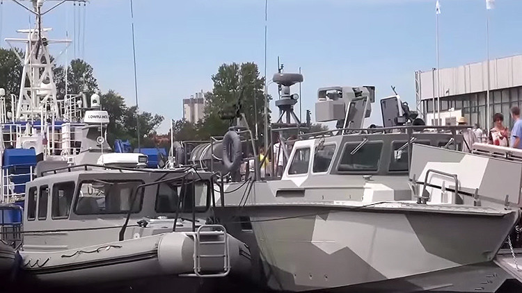 Video: Kaláshnikov presenta sus nuevas lanchas equipadas con drones