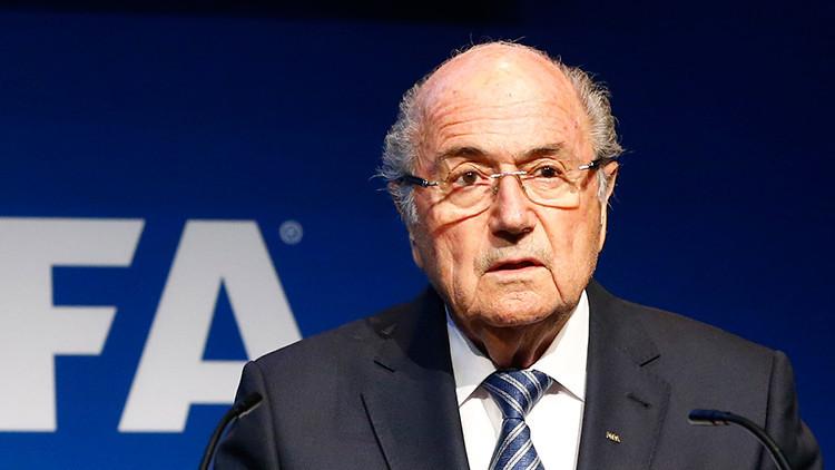 """Blatter: """"Sarkozy y Wulff intentaron influir en las decisiones sobre las Copas Mundiales"""""""
