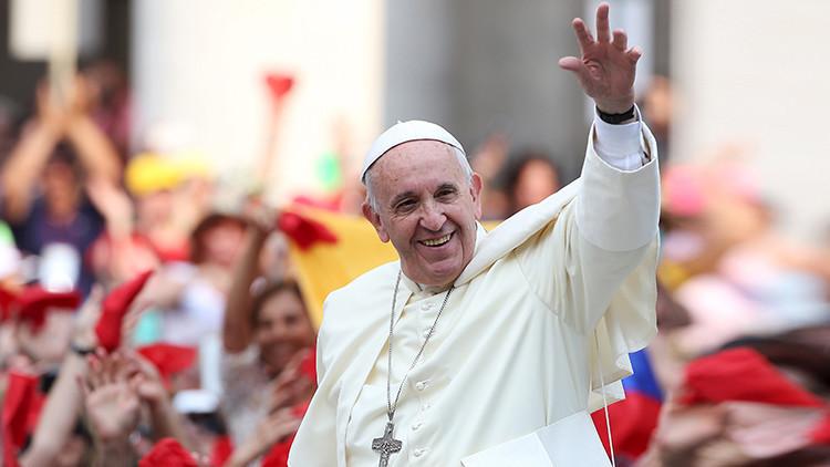 """Papa Francisco inicia la histórica gira al """"continente de la esperanza"""""""
