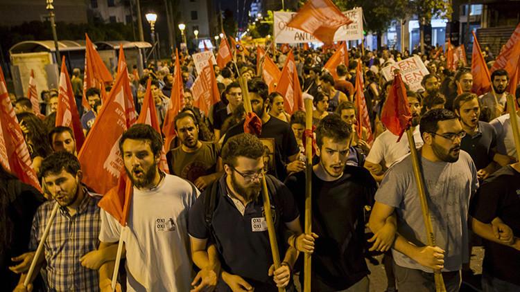 Los jóvenes explican por qué dijeron 'no' en el referéndum griego