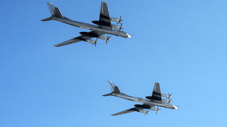 Aviones de la Fuerza Aérea rusa se acercaron al espacio aéreo estadounidense