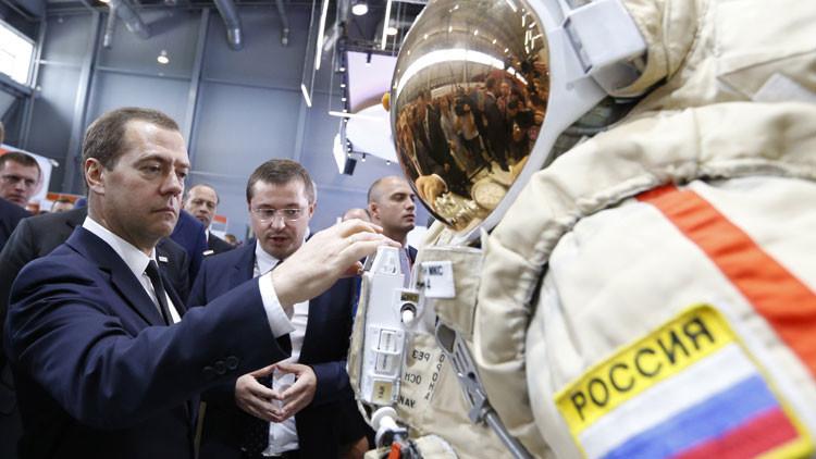 Presentan en Rusia el traje espacial más innovador del mundo
