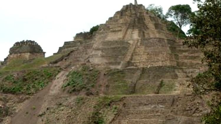 La pirámide de Toniná es ahora no solo la más alta de México, sino la más grande