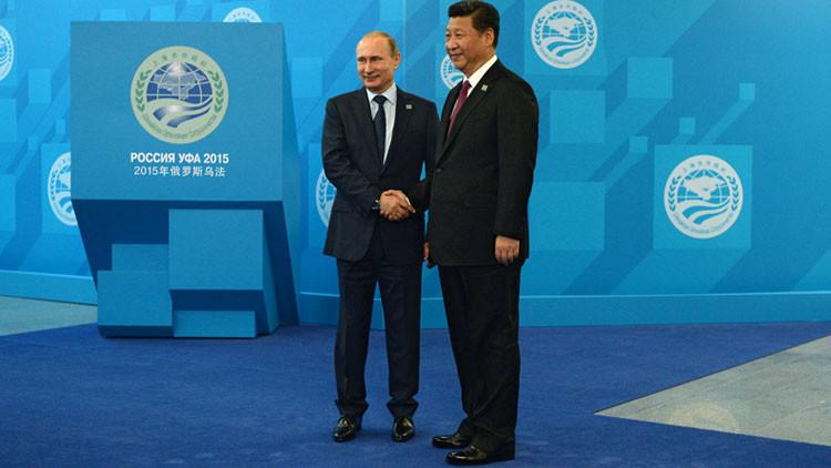 Stratfort: Rusia y China, listos para destruir el dominio de EE.UU.