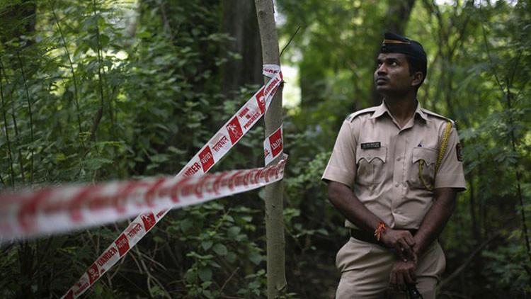India: Joven es violada por segunda vez mientras sirve de señuelo policial para atrapar a agresores