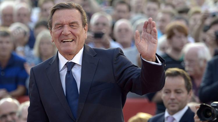 "'Bild': ""EE.UU. intentó espiar a Putin mediante Gerhard Schroeder"""