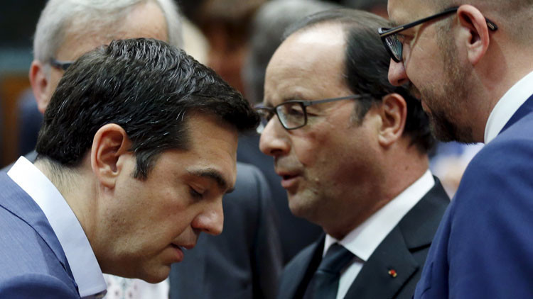 """Grecia afronta """"un ultimátum brutal"""" para evitar la salida de la eurozona"""