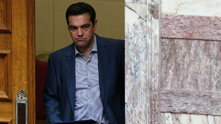 "Ministro griego: Tsipras se enfrentó en Bruselas a un intento de ""derrocamiento"""