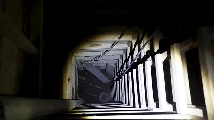 Video: Primeras imágenes del interior del túnel por donde huyó 'El Chapo'
