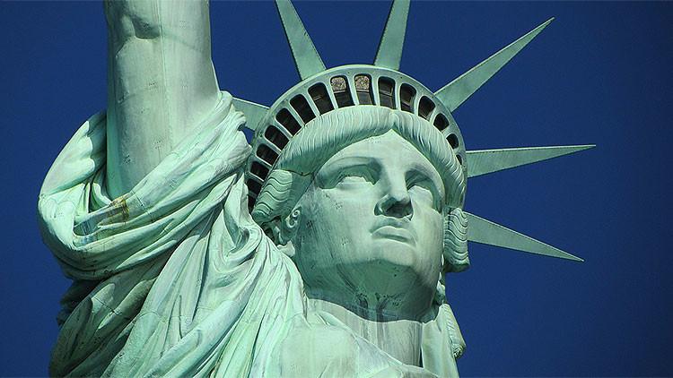 La Estatua de la Libertad decapitada