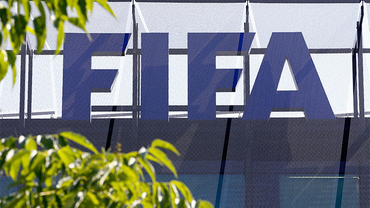 """Senador de EE.UU.: Comparar la FIFA con la mafia es """"insultante para la mafia"""""""