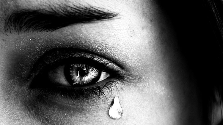 Fotos: ¿Cómo se ven lágrimas humanas bajo el microscopio?