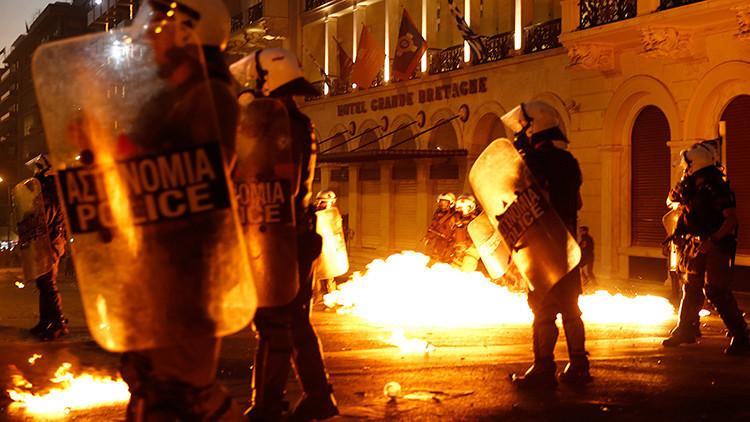 """La crucifixión de Grecia está matando a la Unión Europea"""
