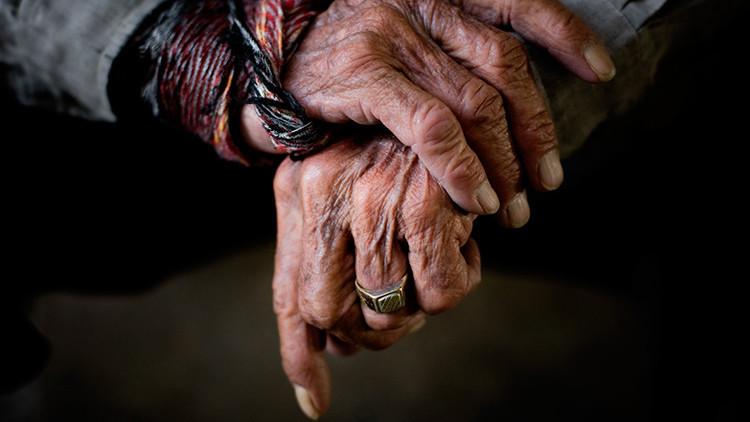Científicos revelan a qué edad comienza el envejecimiento