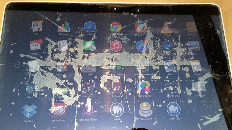'Campaña Staingate': más de 3.000 clientes enfurecidos lanzan una guerra contra Apple
