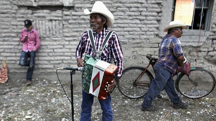 """Economista de la UNAM: """"Pareciera que alguien le ha echado el mal de ojo a México"""""""