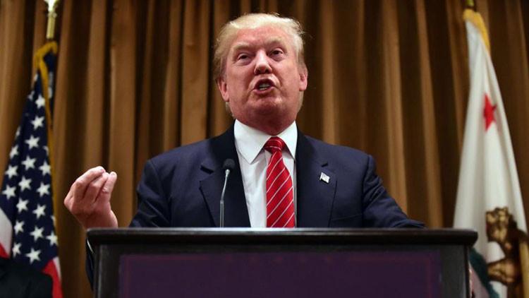 """El """"cobarde"""" Trump presentó certificados médicos falsos para eludir la guerra de Vietnam"""