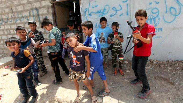 """Menor yazidí: """"El Estado Islámico nos hacía ver videos con decapitaciones y ensayarlas en muñecas"""""""