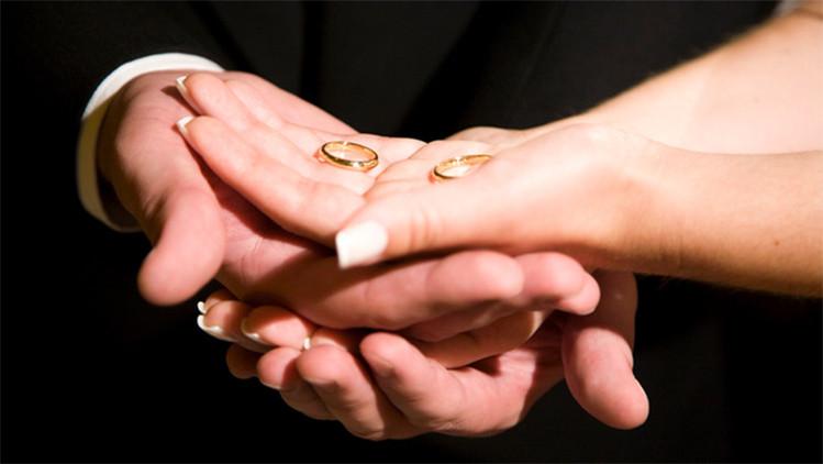 ¿El amor tiene edad?: La estadística revela cuál es el momento perfecto para casarse