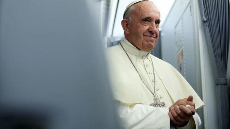 """""""El papa Francisco insta a una rebelión contra el capitalismo"""""""