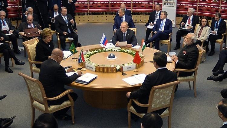 """""""El Banco de Desarrollo de los BRICS servirá al pueblo y no a los oligarcas"""""""