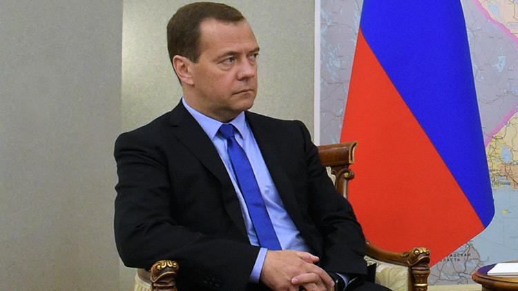 """Medvédev: """"No hay temor de volvernos dependientes de China"""""""