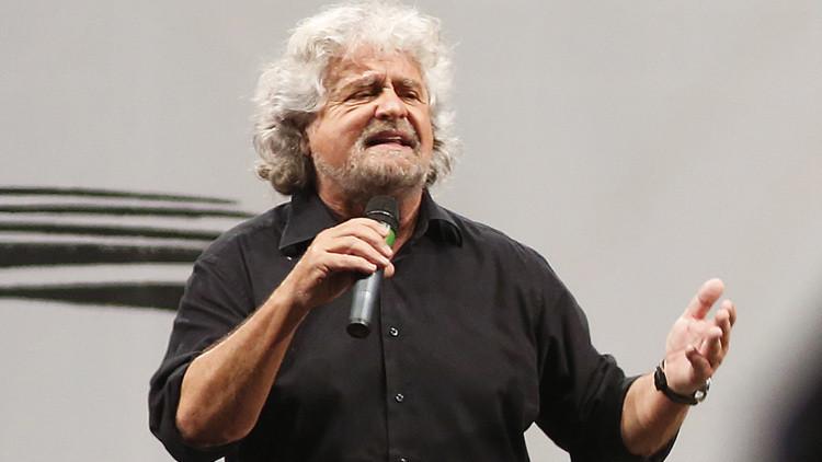 """Beppe Grillo tilda de """"nazismo explícito"""" las acciones de los acreedores de Grecia"""