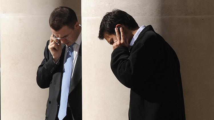 Científicos encuentran vínculos entre los teléfonos móviles, Wi-Fi y el cáncer