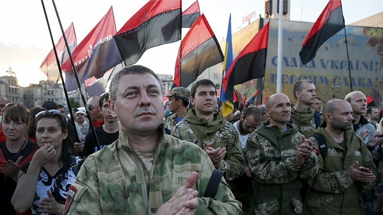 ¿Puede Sector Derecho de Ucrania afectar la estabilidad de Kiev?