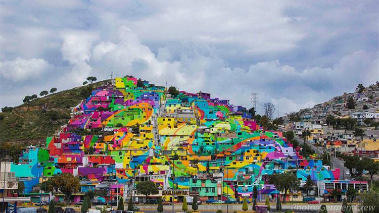 Fotos: El mayor mural de México pintado sobre las casas de un barrio erradica la violencia