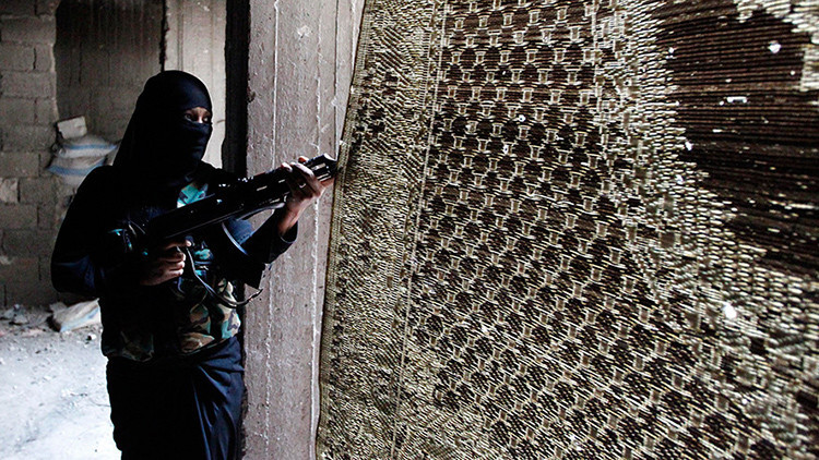 El Estado Islámico decapita a una mujer como regalo de bodas