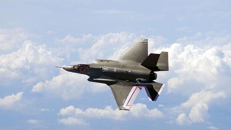 Cómo Rusia y China podrían acabar con el avanzado caza F-35 en una batalla real