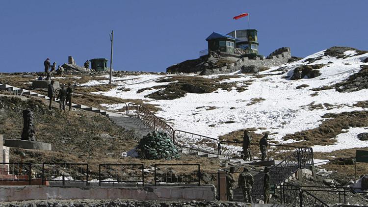 ¿Qué podría desatar una guerra entre China y la India?