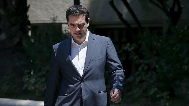 Tsipras: El 'Grexit' nos habría abocado a la devaluación y a pedir ayuda al FMI