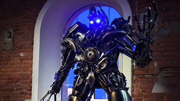 ¿Un Optimus Prime ruso?: Elaboran un robot transformador en Rusia