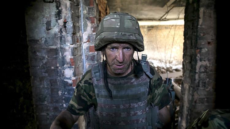 """""""¿Por qué el presidente no viene aquí?"""": Las tropas ucranianas pierden la confianza en Kiev"""