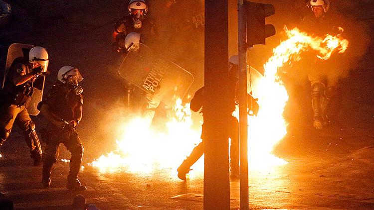Grecia: Violentos enfrentamientos entre manifestantes y la Policía