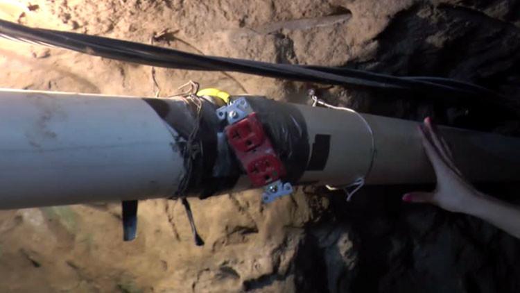 Exclusivo: Equipo de RT entra el túnel por donde se habría fugado 'El Chapo'