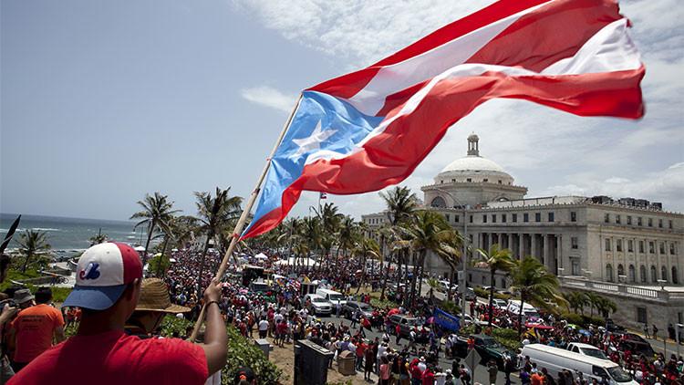 'Puerto Pobre': Los puertorriqueños protestan contra los recortes para pagar la deuda