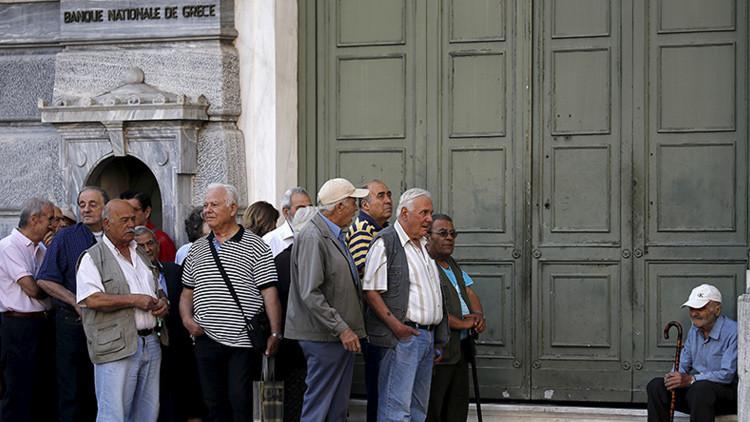 El Parlamento griego aprueba el segundo paquete de reformas demandadas por los acreedores