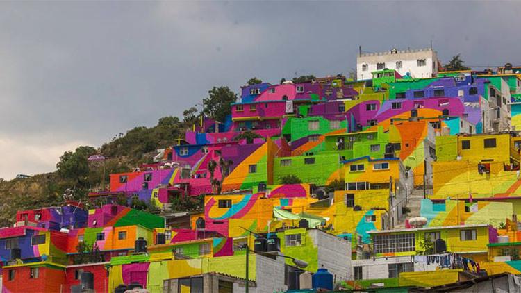 El mural más grande de México pintado sobre las casas de un barrio busca exterminar la violencia