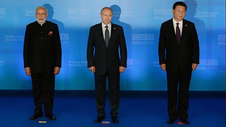 Politólogo: BRICS y OCS son