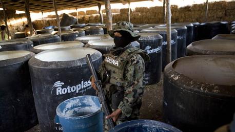 """Revelan que laboratorios del cártel de Sinaloa están """"en las narices"""" del Ejército mexicano"""