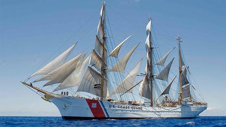 'El Águila', el majestuoso barco de Hitler en el que Estados Unidos instruye a sus marinos