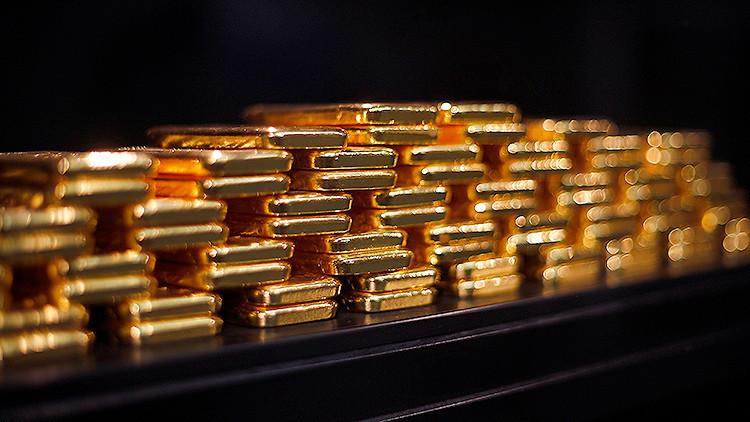 ¿Presagia la caída del precio de oro récord la ruina de la economía mundial?
